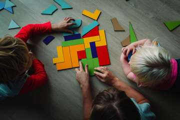 kids play with puzzle, learn math, education