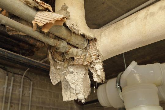 ancienne isolation tuyaux chauffage, problème d'amiante