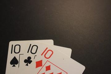 poker trinca