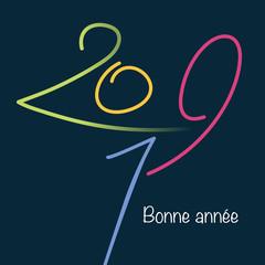 Carte de vœux pour le nouvel an 2019 avec des chiffres de couleurs différentes, dessinés à la main, sur un fond noir