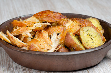 chicken breaststroke with native potatoes