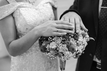hands with wedding rings, wedding rings, wedding day,