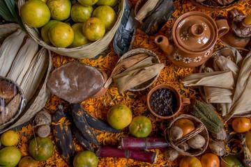 comida organica mexicans, alimentos sanos, ofrenda mexicana con comida y flores, dia de muertos