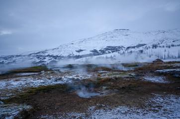 アイスランド 間欠泉