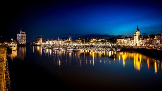 La Rochelle de nuir bleu