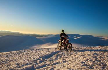 Poster Motorise Motorcycle extreme sport bike winter snowy mountains