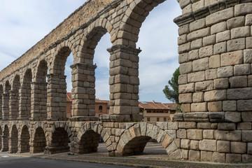 monumentos de la ciudad de Segovia, acueducto romano, España