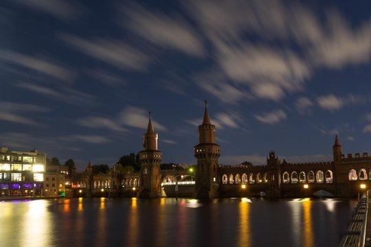 Oberbaum bridge at night, Friedrichshain, Kreuzberg, Spree, Berlin, Germany, Europe