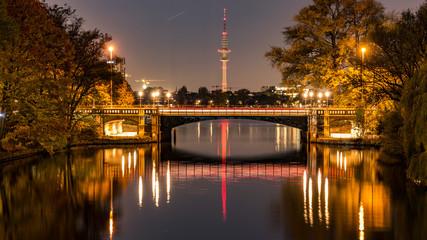 Abends an der Alster in Hamburg
