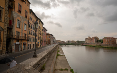 canal in italy pisa