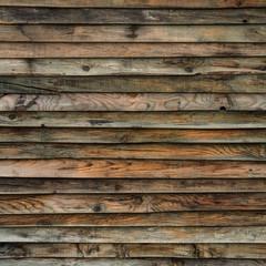 Bretterwand aus alten Holzlatten
