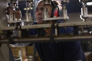 Worker working in rope making industry