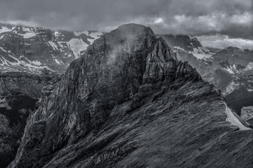 Wall Mural - B&W Canadian Rockies.  Views of the mountains located in Peter Lougheed Provincial Park, Alberta.  Taken from the famous Northover Ridge route