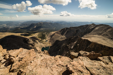 Fototapete - View of Chasm Lake from the summit of Longs Peak in Rocky Mountain National Park, Colorado.