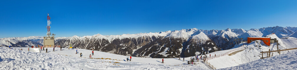 Fototapete - Mountains ski resort Bad Gastein - Austria