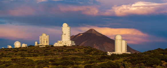 Deurstickers Canarische Eilanden Canary Islands - Tenerife - Astrophysical Observatory Teide