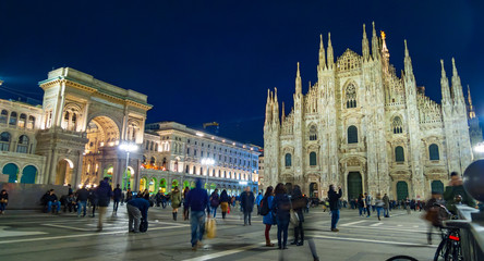 Spoed Foto op Canvas Milan Night view of Piazza del Duomo in Milan Italy