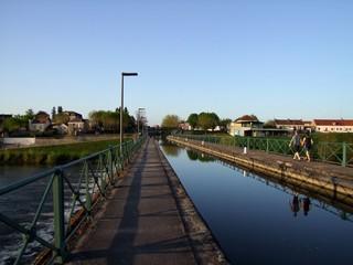 Pont-canal à Digoin en Saône et Loire.