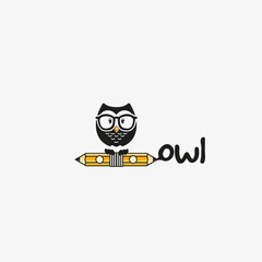 study owl logo design vector eps10