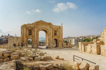 Hadrian's Arch, a triumphal arch built for the visit of the Emperor Hadrian in 129 AD in the archaeological city of Jerash, one of the world's largest sites of Roman architecture, Gerasa, Jordan