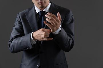 ビジネスマンの立ち姿イメージ