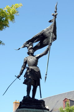 Statue de Jeanne d'Arc, Beaugency, ville du Val de Loire, département du Loiret, France