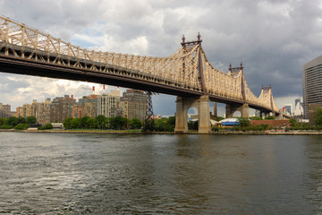 Ed Koch Queensboro Bridge from Manhattan to Queens. View on Roosevelt Island and East River.