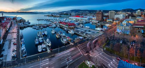 Hobart Australia June 18th 2016 : Hobart waterfront panoramic at sunrise, aerial perspective Fototapete
