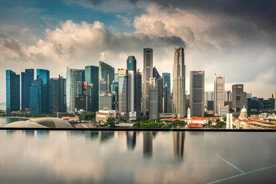 Infinity pool and Financial district skyline, Singapore