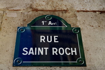 Rue Saint Roch. Plaque de nom de rue.