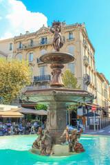Fontaine de la place du Général-de-Gaulle Canne Côte d'Azur France