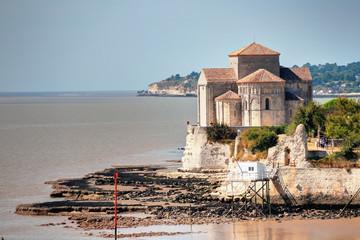 église de Talmont sur Gironde