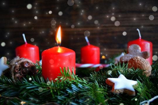 Adventskranz - 1.Advent - Weihnachten Kerzen rot