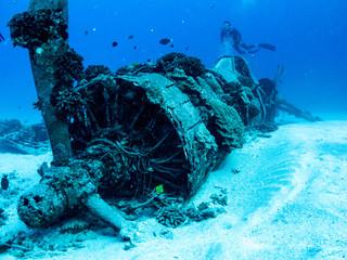 Printed kitchen splashbacks Shipwreck Underwater Plane Wreck from World War 2 - Scuba diving in Oahu, Hawaii