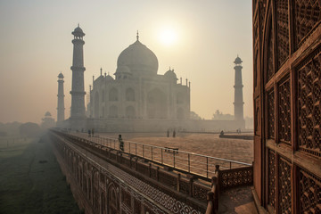The beautiful Taj Mahal in the morning, Agra - India Fototapete