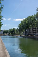 Fotobehang Kanaal Paris, france