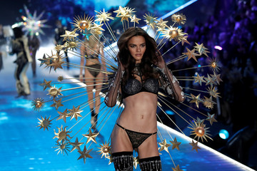 A model presents a creation during the 2018 Victoria's Secret Fashion Show in New York