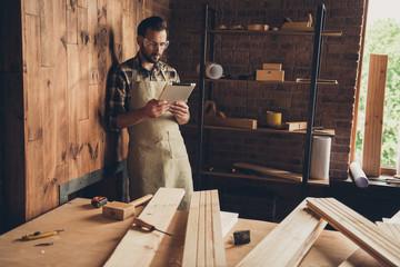 Workbench equipment vintage craftsmanship repair renovation remo