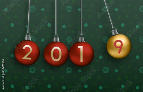 Christbaumkugeln At.Grußkarte Mit Pendelnden Christbaumkugeln Zum Jahreswechsel Stock