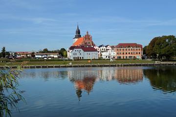 Panorama von Wollin am Fluss Dievenow