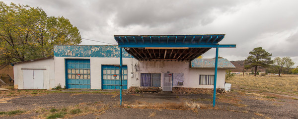Keuken foto achterwand Route 66 Deserted gas station, Chama New Mexico