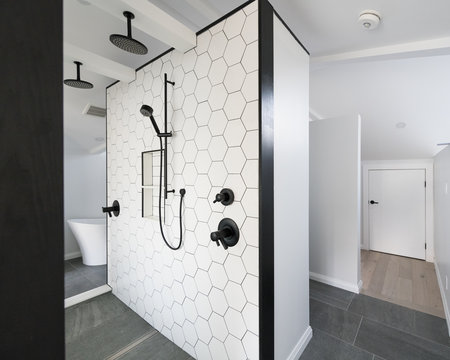 Ensuite bathroom with a walk through shower