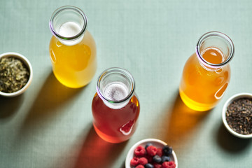 Kombucha drinks made of fermented tea and fruits.