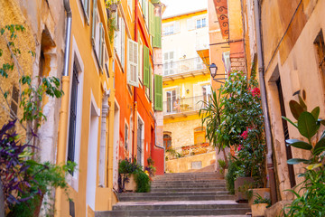 Fototapeten Schmale Gasse colorful buildings in Nice on french riviera, cote d'azur, southern France