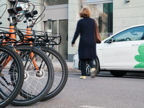 Bike Sharing Fahrräder und  Car Sharing Auto
