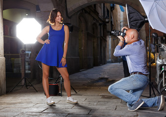 woman posing for professional photographer