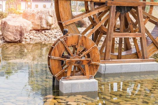 waterwheel is rotating