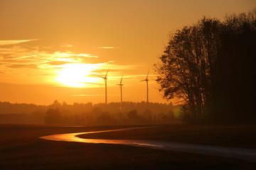 Schöner Sonnenuntergang im Ostalbkreis Deutschland