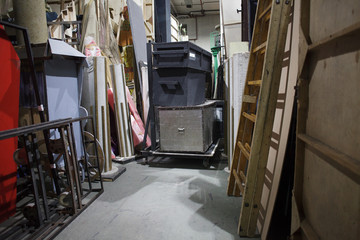 In de dag Theater storage space at the theater