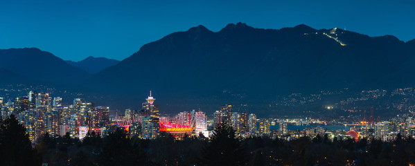 Fototapeta premium miasto vancouver w nocy
